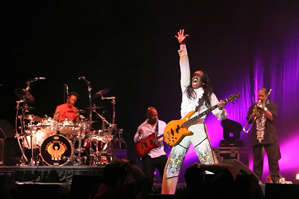 earthwindfire -  - 6 Things Earth, Wind, & Fire Can Teach Us About Employee Recognition Applied to Teamphoria